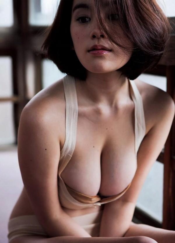 筧美和子(23)の大正ロマンポルノ風グラビアで青筋浮いた爆乳こぼれ落ちそう